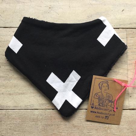 Bandana slab zwart met witte plusjes