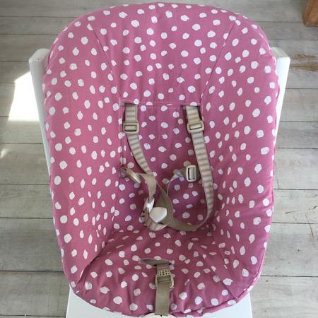 Stokke Newborn hoes oud roze met witte stippen
