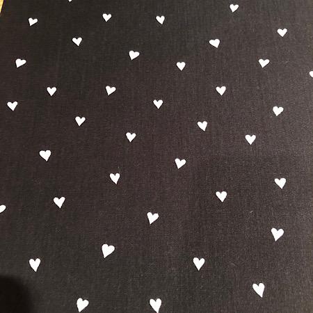Op bestelling Stokke Newborn hoes zwart met witte hartjes