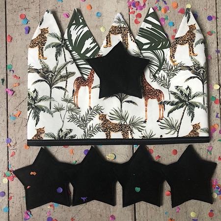 Feestmuts Panters en giraffen